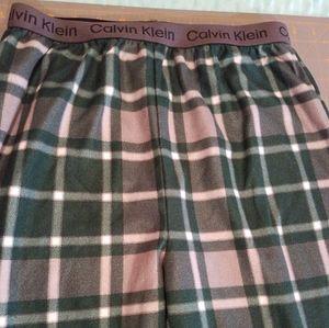 Calvin Klein Boys Green Plaid Pajama Bottoms Lg
